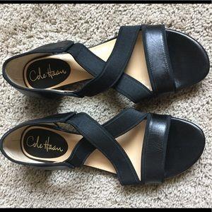 Cole haan nike air black strap sandals 7.5 M